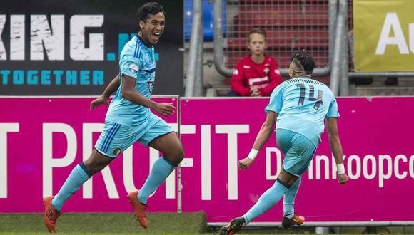 Renato Tapia jugará la etapa de grupos de la Europa League. (Foto: EFE)