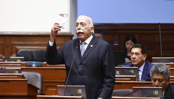 El congresista Carlos Tubino se mostró a favor del respeto hacia el Parlamento. (Foto: Congreso / Video: Congreso TV)