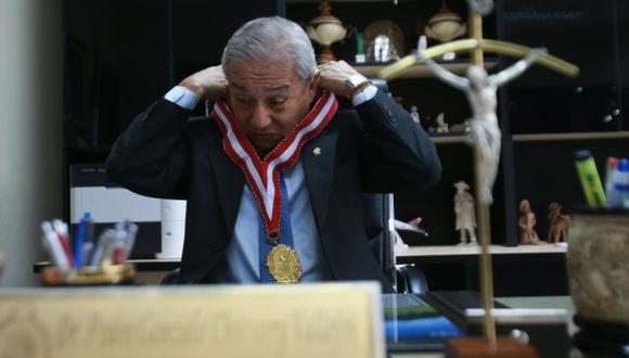 El fiscal de la Nación, Pedro Chávarry, afronta una denuncia en el CAL por mentir sobre reunión con periodistas. (USI)