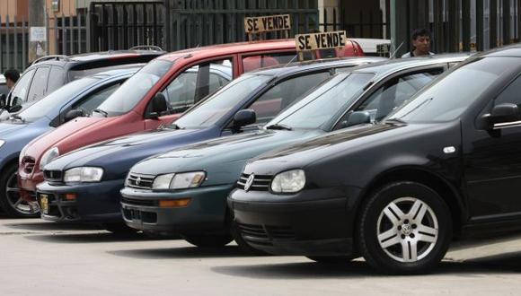 Alertan que carros con timón cambiado generan accidentes. (USI)