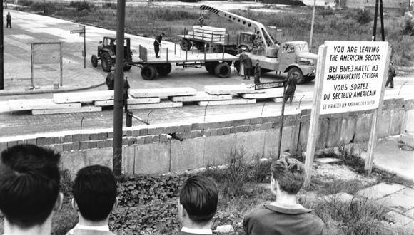 La militarización de Berlín propició la construcción del muro que dividió la ciudad (Getty Image)