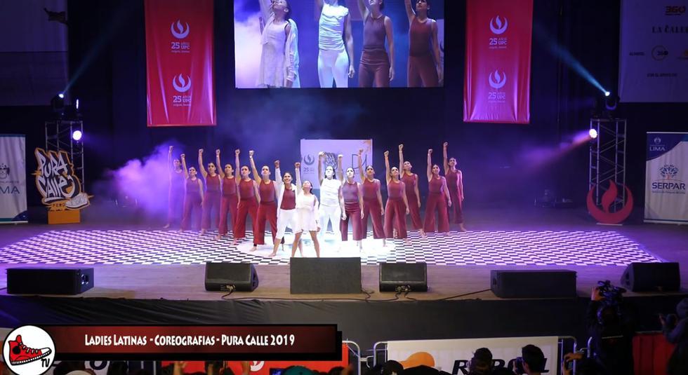 'Nos están matando', la coreografía para protestar contra la violencia contra la mujer y los feminicidios en nuestro país. (Foto: Captura)