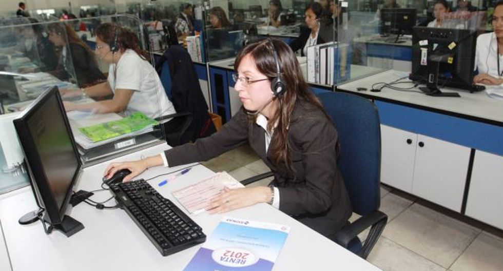 Empleados estatales podrán disponer libremente de su CTS y depositarla en banco de su elección. (Perú21)