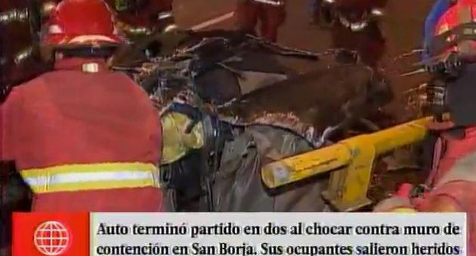 San Borja: Chocaron contra un muro de contención y salvaron de milagro. (América)