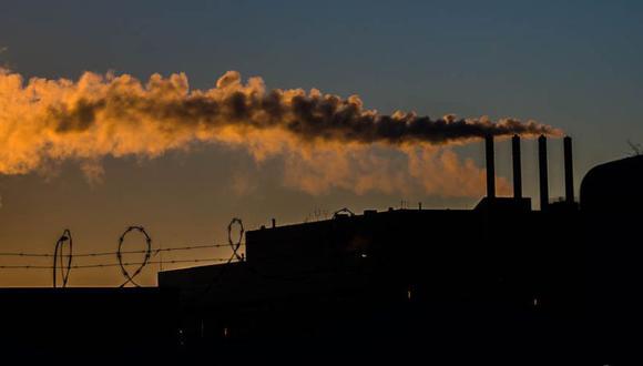 Las emisiones de dióxido de carbono son una de las principales causas del cambio climático y demandan el urgente uso de energías limpias, sobre todo en el transporte público.. (Foto: howardpa58/Flickr)