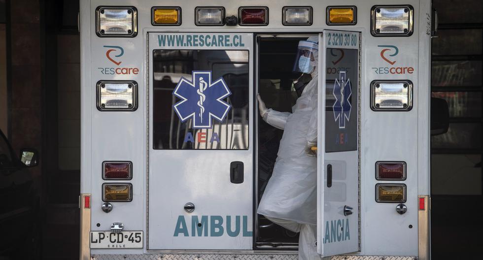 Chile reporta la primera muerte de médico contagiado por COVID-19 en el país. (Foto: Martin BERNETTI / AFP).