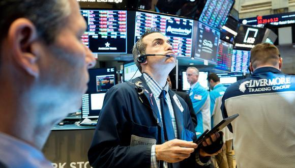 La Bolsa de Nueva York arrancó esta primera jornada semanal marcada por la situación de Huawei y el pulso comercial y arancelario de la Administración de Donald Trump con China. (Foto: EFE)