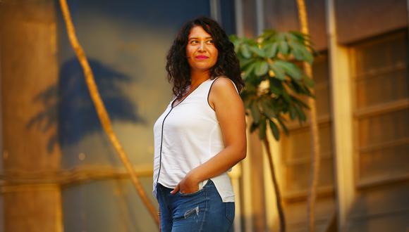 """""""Se cree que la mujer puede lograr miles de cosas, pero si no tiene un hombre al lado, algo le falta. La soltería no es negativa, es una oportunidad"""", declaró Cristina Sánchez (Marco Ramón/Perú21)."""