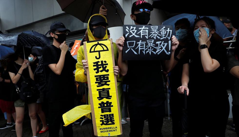 Manifestantes acusados de violencia en Hong Kong comparecen ante la justicia. (Foto: Reuters)
