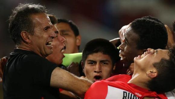 Carlos Silvestri se mostró emocionado por la victoria, pero aguarda otros resultados para conocer el destino de la Selección Peruana Sub 17. (Foto: Fernando Sangama/GEC)