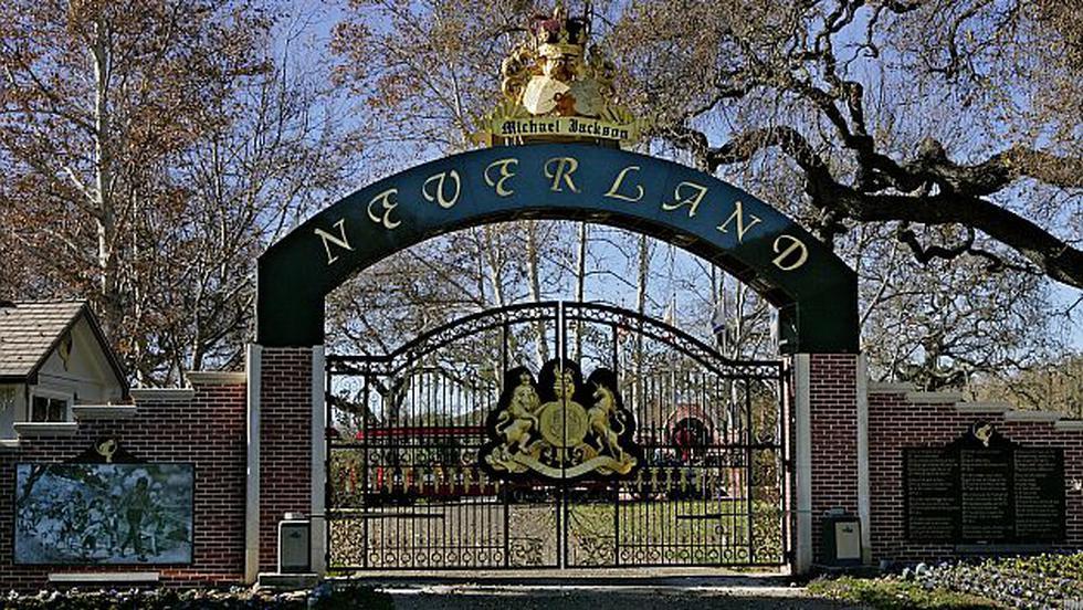El rancho de Neverland, propiedad de Michael Jackson, que cuenta con un parque de diversiones será vendido. (AP)