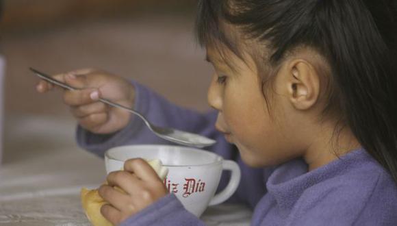 Programa social pidió a los padres de familia vigilar la entrega de alimentos. (USI)