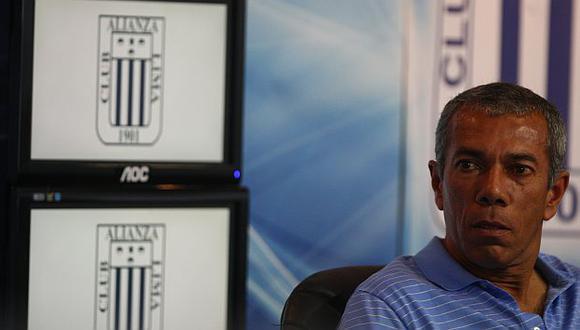 Wilmar Valencia teme por la vida de sus jugadores. (USI)