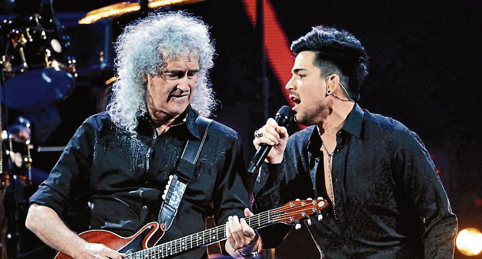 Adam Lambert y Brian May en pleno show.