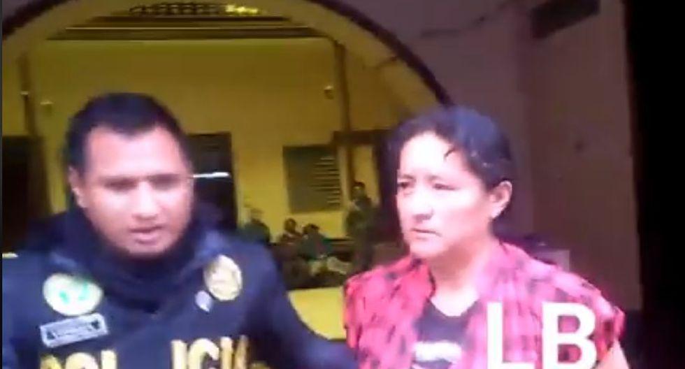 Mujer fue detenida en la comisaría de Tarma. (Captura LB Noticias)