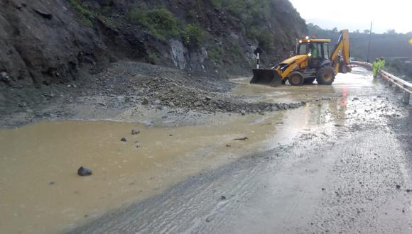 Huaico afectó la Carretera Central, en Huarochirí.