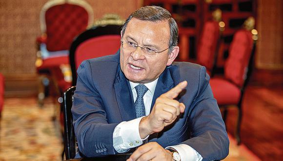 Néstor Popolizio. Ministro de Relaciones Exteriores. (Allen Quintana Caballero)