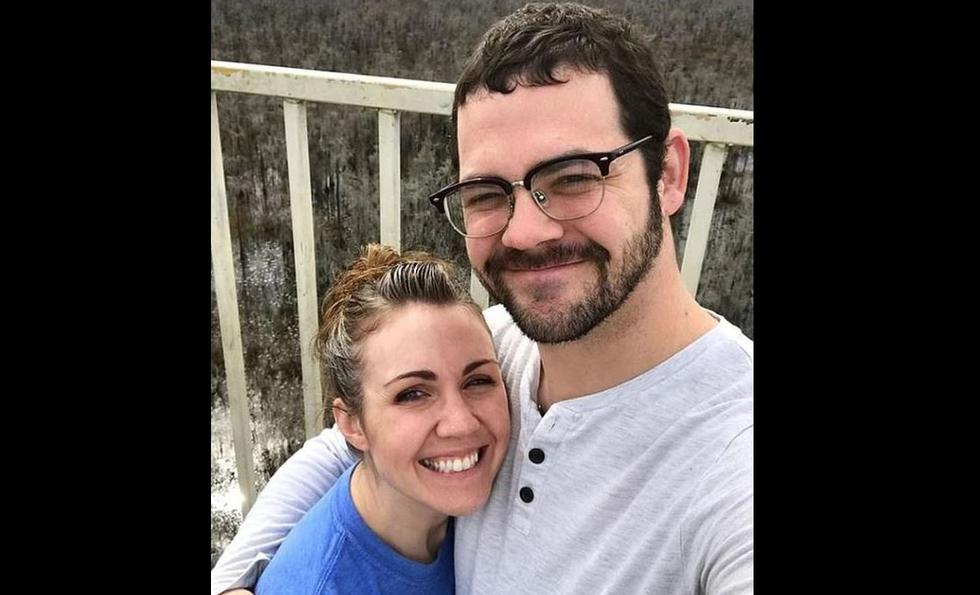 Estadounidense Seth Megow fue engañado por su esposa, quien lo dejó por otra mujer. Ahora es papá soltero y cría a sus 4 hijos menores. (Instagram)