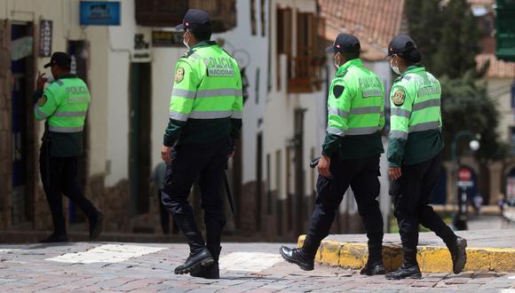 Policías buscan a contagiado por COVID-19 por todos los distritos de Trujillo. (GEC)
