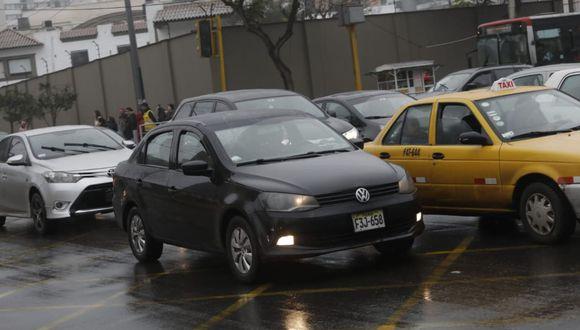 La Municipalidad de la Molina detalló que la demanda se sustenta en que el plan 'Pico y placa' atenta contra el derecho a gozar de un transporte público. (Foto: GEC)