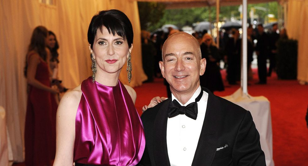 Jeff Bezos, y MacKenzie Bezos finalizaron su divorcio el jueves, por el orden de los 38.000 millones de dólares. (Fotos: EFE)
