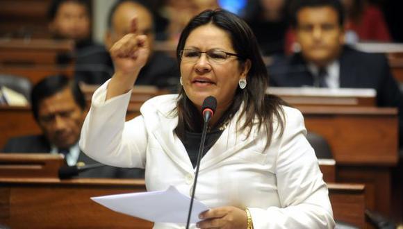 Julia Teves: La acusan de abandonar a mujer atropellada por guardaespaldas. (USI)