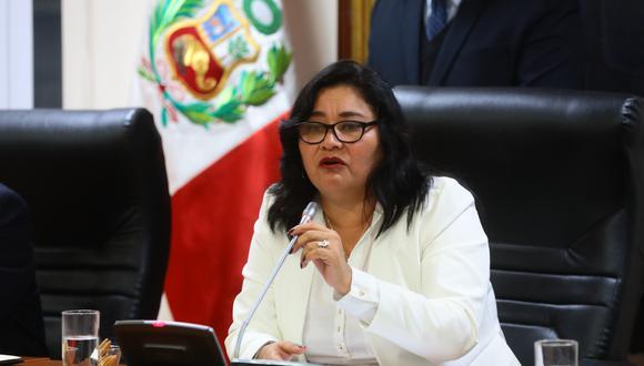 """Sánchez dijo esperar que la demora de Salaverry para convocar a una sesión plenaria y la posterior programación de un pleno agrario para este viernes """"no sea una medida dilatoria"""". (Foto: Congreso / Video: TV Perú)"""