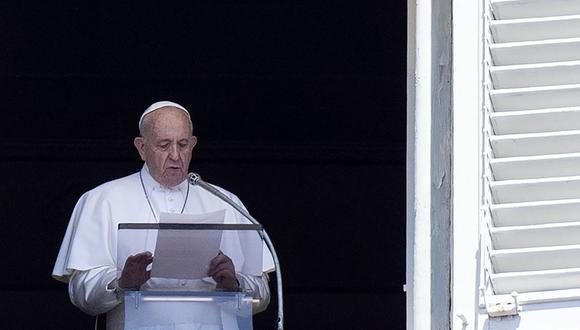 """Papa Francisco señala que tenemos """"retos aún mayores"""", pero en la tierra. (Foto: AFP)"""