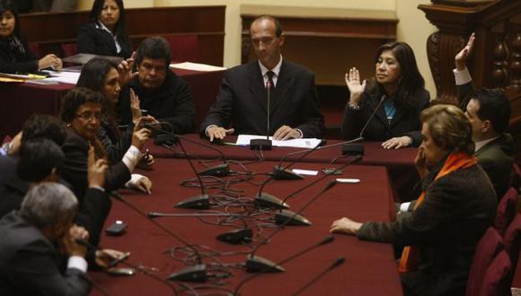 Se aprobó por mayoría. Ahora debe pasar al pleno para su debate. (Mario Zapata)