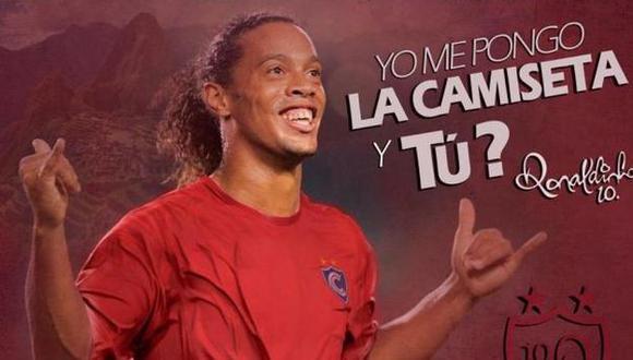 Ronaldinho Gaucho se pondrá la camiseta de Cienciano. (Getty Images)