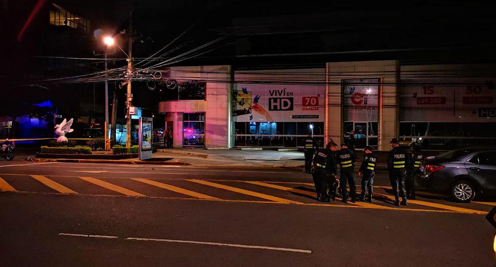 Atacan sede de Televisora de Costa Rica. (Foto: Teletica.com)