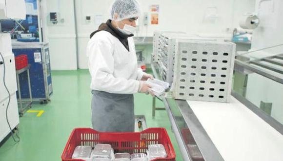 Positivo. La implementación de protocolos sanitarios permitiría la reactivación de varias empresas y empleos.