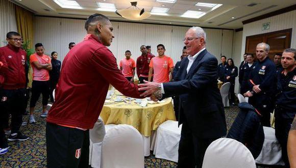 """Paolo Guerrero: PPK califica de """"injusto"""" posible castigo contra el delantero peruano. (Presidencia/Flickr)"""