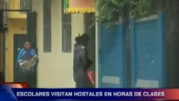 Los colegiales ingresan de manera fácil a los hostales de Lima. (ATV Noticias)