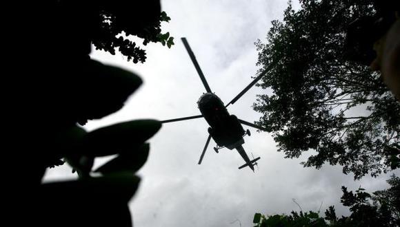 En una quebrada fue hallado el helicóptero derribado por los terroristas. El Gobierno mintió sobre esto. (Alberto Orbegoso)