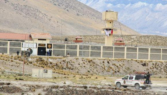 TERMINÓ EL MOTÍN. Los internos liberaron a los rehenes y algunos fueron cambiados de penal. (Samuel Vilca)