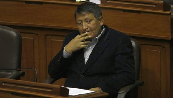 Parlamentario Rubén Condori consideró las declaraciones de la congresista Esther Saavedra como