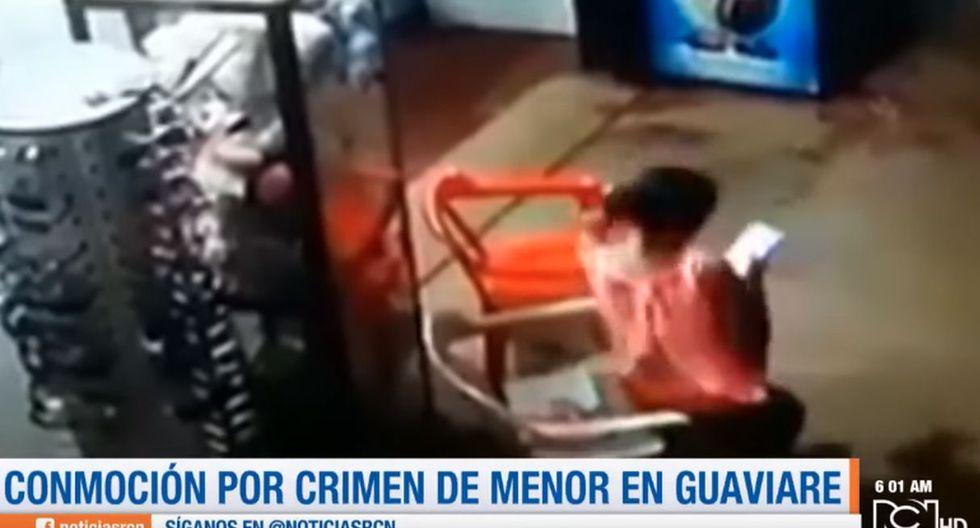 Los pobladores de El Retorno intentaron linchar a los presuntos responsables de la muerte de la menor, por lo que la policía debió intervenir para evitarlo. (Foto: Captura de video)