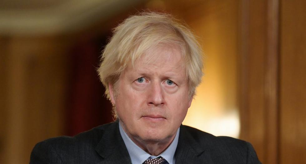 El primer ministro británico, Boris Johnson, dirige una conferencia de prensa virtual sobre la pandemia. (Geoff Pugh/REUTERS).