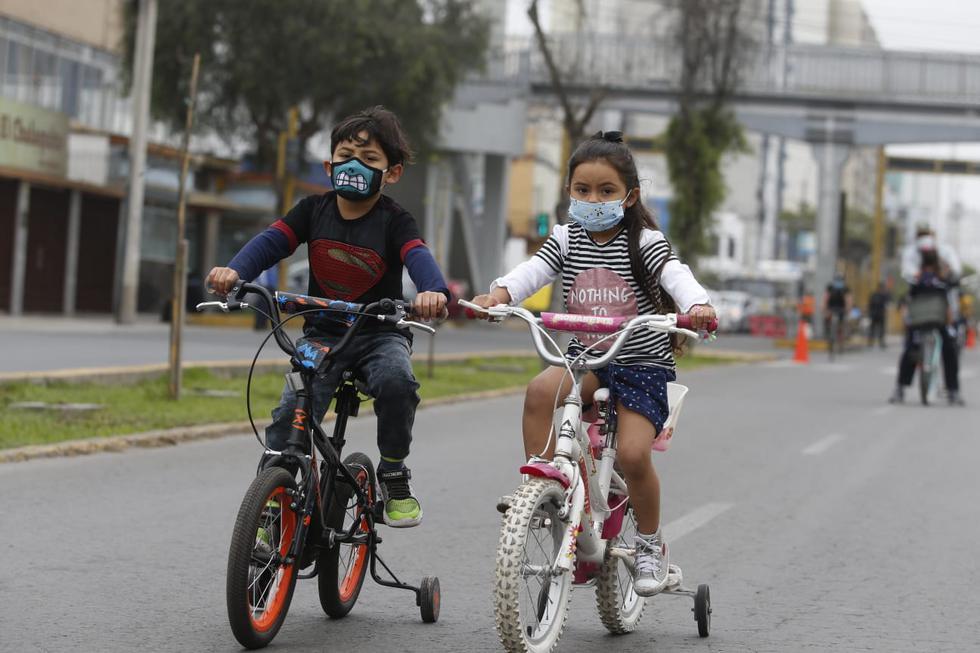 Deportistas de todas las edades usaron las vías para hacer deporte. (Fotos: Violeta Ayasta / @photo.gec)