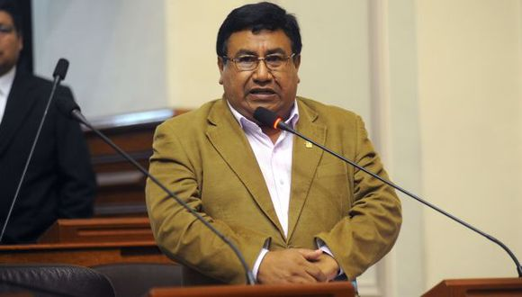 Sigue en las mismas. Yovera es el protagonista de una nueva página de escándalo que debilita la institucionalidad parlamentaria. (Difusión)