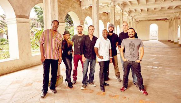 Sabor. El grupo cuenta con la excelente voz de Milagros Guerrero.