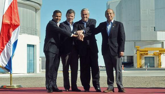 Humala y colegas de la Alianza. (AP)