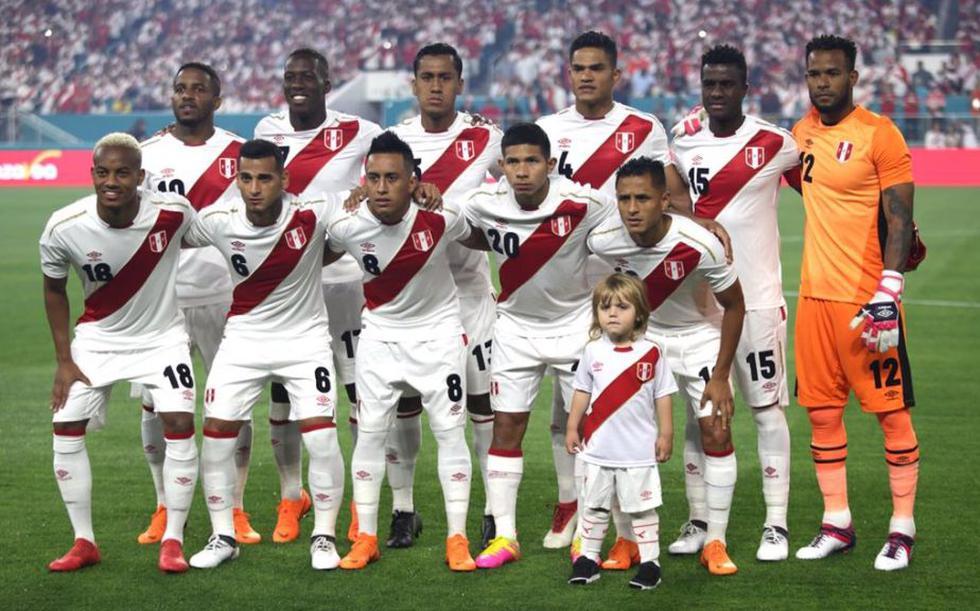 Perú vs. Croacia: Mira el conmovedor momento en que la selección peruana canta el himno. (SelecciónPeruana)