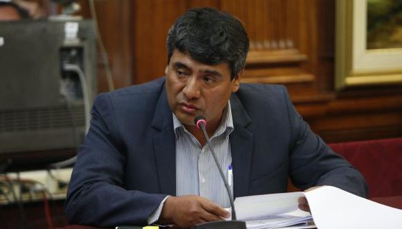 Wilder Ruiz fue denunciado por una de sus ex trabajadoras de despedirla pese a que estaba embarazada. (Roberto Cáceres)