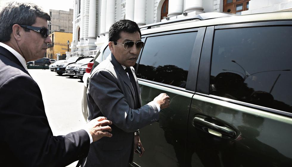 Debe explicaciones. El lunes 23 de abril, el legislador Mamani será interrogado por la Fiscalía. (CésarCampos/Perú21)