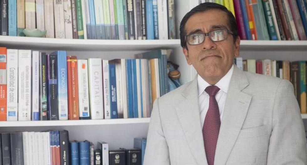 En debate. Luis Alberto Arias asistió al Foro Perspectivas Fiscales 2017. (USI)