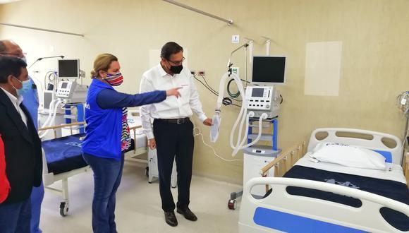 Moquegua:  un contingente de 40 médicos y enfermeras arribaron a Moquegua para fortalecer la atención de pacientes críticos: (Foto: EsSalud)