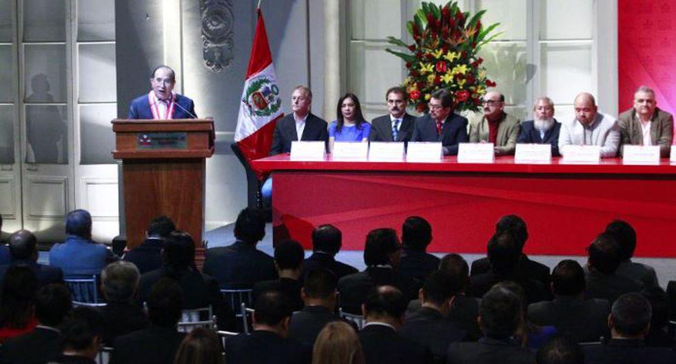 Un total de 20 candidatos pusieron su rubrica al pacto; sin embargo otros dos no lo hicieron. (Andina)