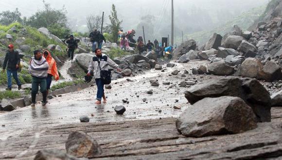 Desastre. Carreteras quedaron obstruidas por los huaicos. (Perú21)